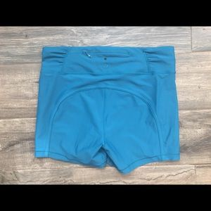 Lululemon Reach the Beach Short Teal like new